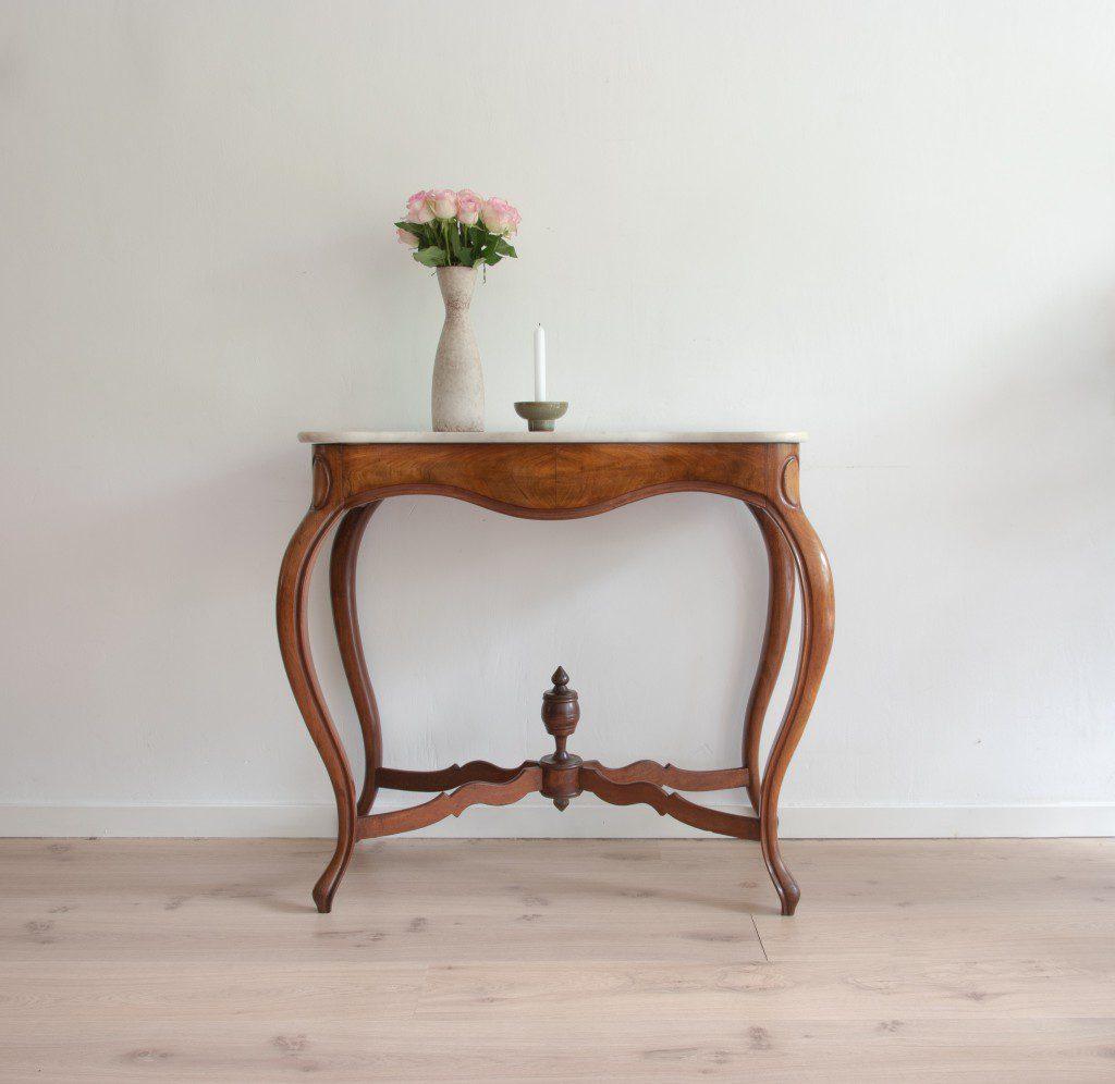 Antique sidetable mahogany variavintage